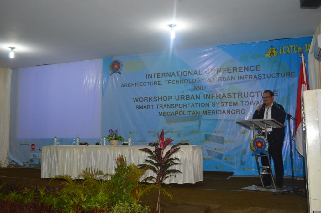 seminar-internasional-icature-2015-workshop-dan-pameran_828450.jpg