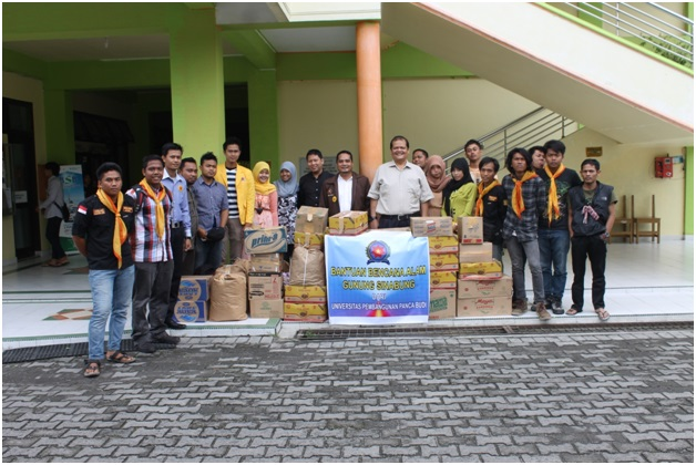 unpab-provide-assistance-to-victims-of-mount-sinabung_79.jpg